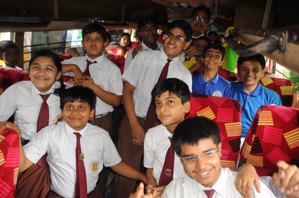 <p>Some school children were in cheers! They perhaps thought Wednesday will be a holiday as the traffic policemen and officials had stopped their bus.But the reality was…