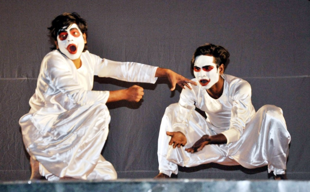 <p>Students performing their program during the ongoing 33rd Inter University  National Youth festival-2018 (Palash) at Mega Sports Complex, Khelgaon in Ranchi…