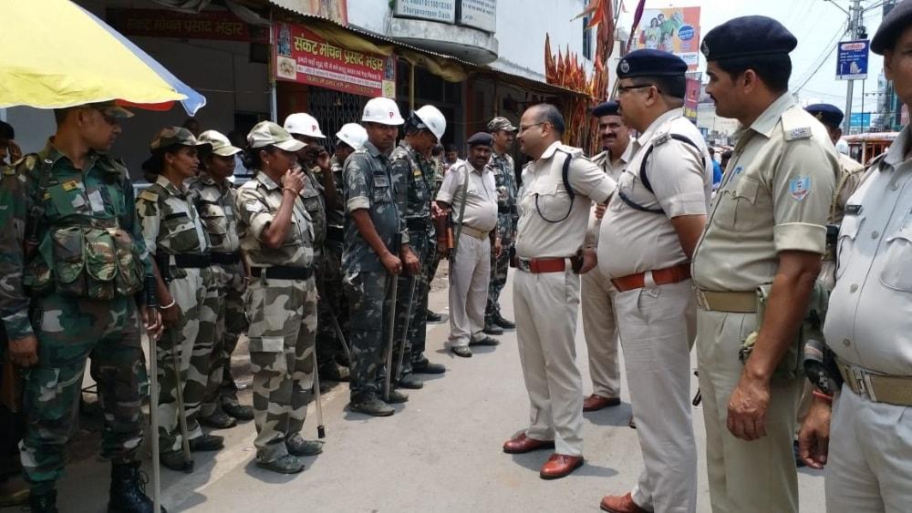<p>रांची/ भाजपा युवा मोर्चा की रैली के दौरान घटना के बाद शहर की सुरक्षा बढ़ी, शहर के कई स्थानों पर बढ़ाई गई सुरक्षा | संवेदनशील स्थानों और कुछ धार्मिक स्थल के अलावे चौक-चौराहे हैं…