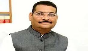 <p>प्रदेश अध्यक्ष दीपक प्रकाश ने कहा- ढोंग बंद कर के सरकार किसानों के हित की योजनाएं शुरू करे<br /> रांची में कांग्रेस कृषि कानून के खिलाफ राजभवन मार्च कर रही है। BJP ने कांग्रेस के…