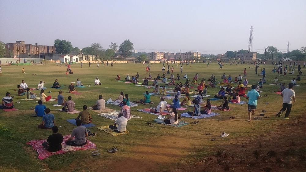 <p>Ahead of World Yoga Day  on June 21,scores of men and women do Yoga inside Oxygen Park in Ranchi.Their Yog Guru is an Army Officer who guides them free of cost every morning.</p>…