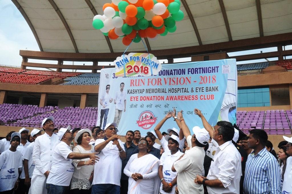 <p>Jharkhand Governor Droupadi Murmu (C) along with Health Minister Ramchandra Chandravanshi (L) and Ranchi Mayor Asha Lakra, Kashyap Memorial Eye hospital Director Dr. Bharti Kashyap…