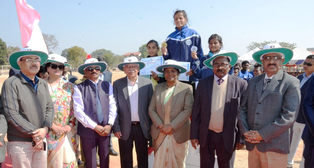 <p>Hon'ble Governor Draupadi Murmu took part in the closing ceremony of Chancellor Trophy Athletic Meet Competition organized by Dr. Shyamaprasad Mukherjee University on 19-01-2019.</p>…