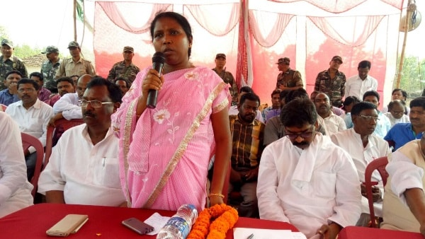 <p>A good news for the Opposition Jharkhand Mukti Morcha is that Shabnam Hansda,second wife of Late Littipara MLA Dr Anil Murmu,has started campaigning for the party and its candidate…