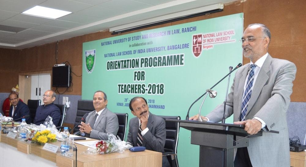 <p>झारखण्ड न्यायिक अकादमी में राष्ट्रीय विधि विश्वविद्यालय रांची और राष्ट्रीय विधि विश्वविद्यालय बैंगलोर द्वारा आयोजित तीन दिवसीय फैकल्टी ओरिएंटेशन प्रोग्राम का शुभारम्भ। </p>…