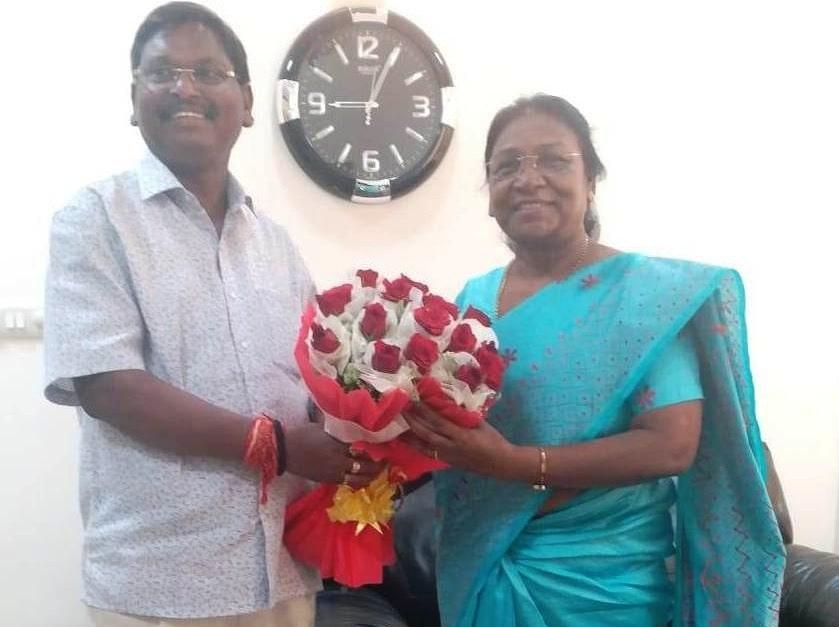 <p>Hon'ble Governor Draupadi Murmu today met Member of the Union Cabinet Arjun Munda at Jharkhand Bhawan in New Delhi on dated 31/05/2019</p>