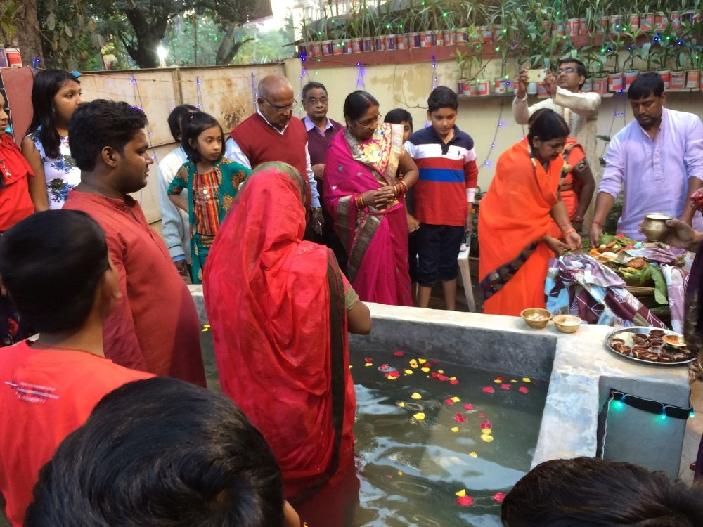 <p>Arghya (Prayer) was offered by women inside the official residence of a government officer near Shivpuri, Ranchi, to the setting Sun to mark the fourth of total five- day long Chhath…