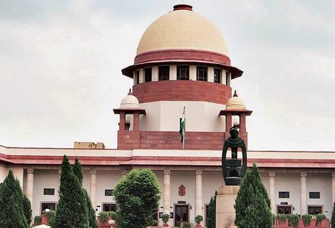 <p>Something wrong if lawyers don't want to be HC judges due to retirement age: SC</p> <p>BJP leader and lawyer Ashwini Upadhyay had filed a PIL, seeking appropriate direction…
