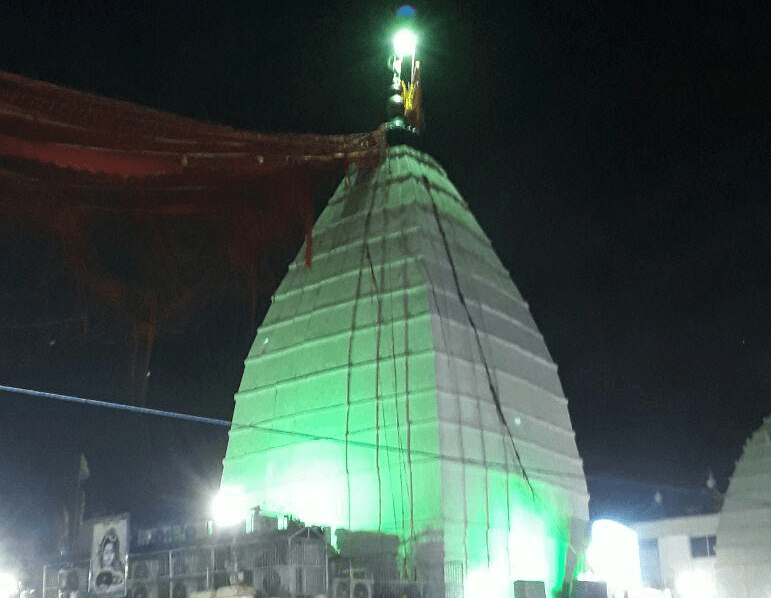 <p>Babadham temple was lit up on the occasion of Shravani Mela in Deoghar,Jharkhand</p>