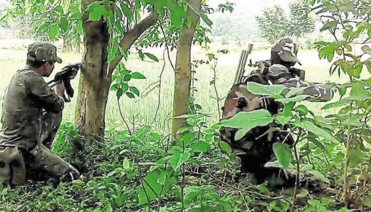<p>A CRPF Trooper was killed on Monday in an early morning encounter with Maoists hiding in the forested areas ofBelbha Ghat area of Giridih district. In the gunfight, 3 Maoists…