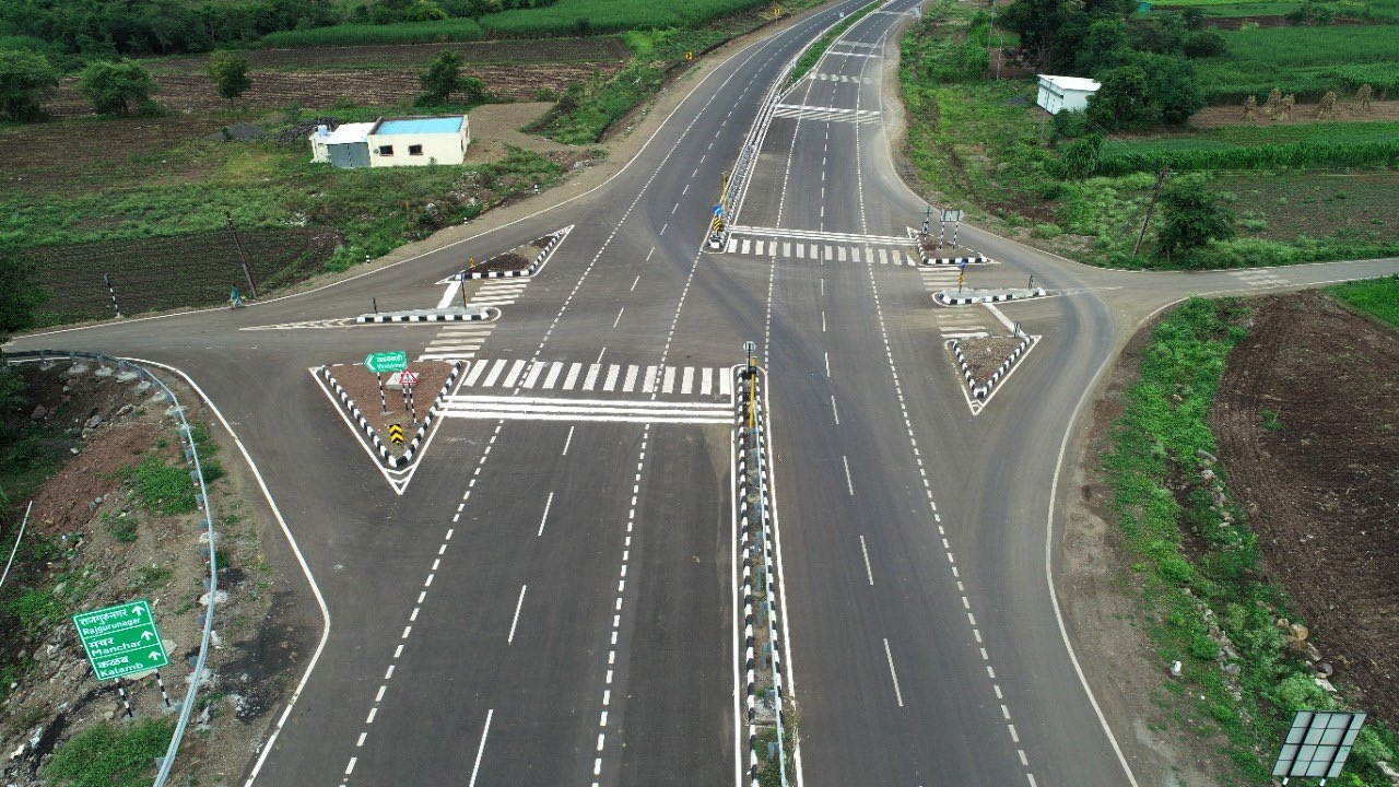 <p>The Narayangaon, Pune bypass will ease travel between Pune and Nashik. Agricultural products would reach Mumbai-Pune Market easily.</p>