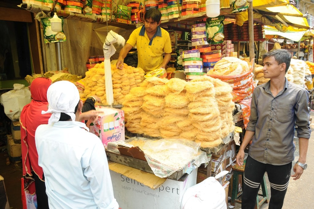 <p>At a market in Ranchi, sellers doing brisk business by selling Sewai and other delicacies during the holy month of Ramadan on Tuesday.</p>