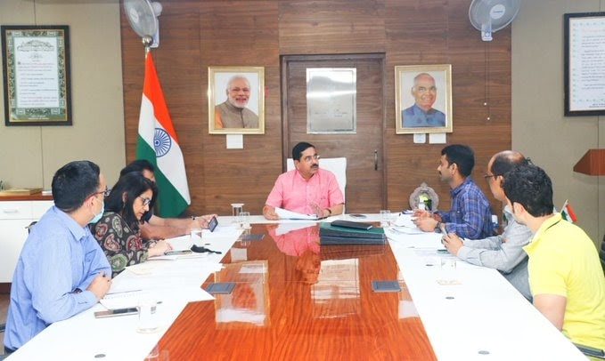 <p>Pralhad Joshi,Union Minister of Coal, Mines and Parliamentary Affairs,reviewed coal production & supply situation in the country.Assuring everyone that there is absolutely…