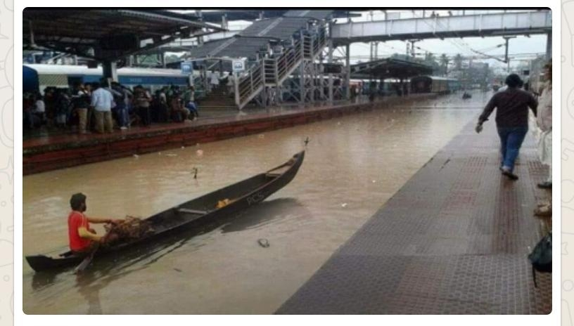 <p>Heavy  rain flooded Bandra Railway station in Mumbai. This promoted a boat carrier to make a movement there.</p>