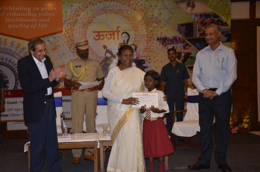 <p>Jharkhand Governor Draupadi Murmu and Principal Secretary Santosh Kumar Satapathy participaated in a programme (TATA CINI) at Hotel BNR Chankakya,Ranchi.</p>
