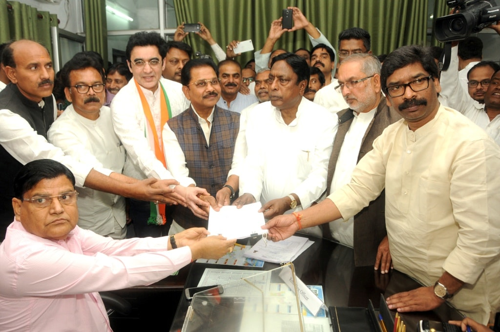 <p>Congress candidate Dhiraj Prasad Sahu filing his nomination papers for Rajya Sabha polls along with JMM working President Hemant Soren, JPCC President Ajoy Kumar and senior Congress…