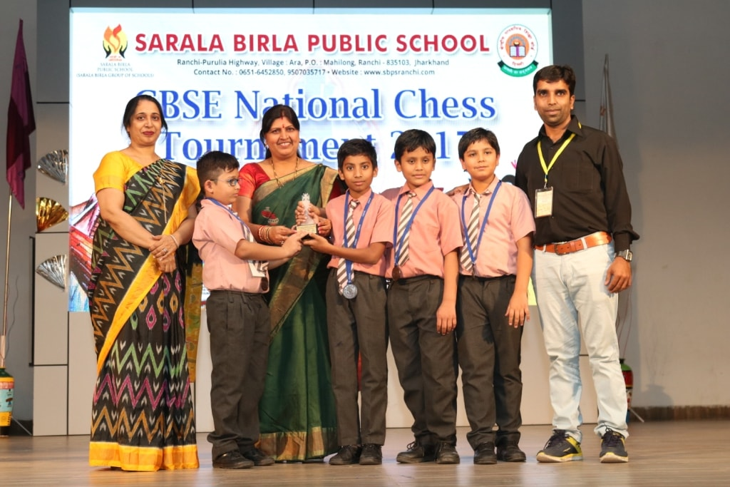 <p>On the concluding day of the National Chess Tournament organised by the C.B.S.E Board in the premises of Sarala Birla Public School, Mahilong, Ranchi, a closing ceremony was concerted…