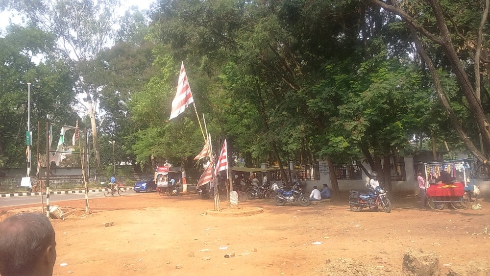 <p>Red& White flag,a symbol of Adivasis,indegenous people in their homeland,flies at Morahabadi Maidan,Ranchi,like many areas in Jharkhand,indicating the mother land is their own.</p>…