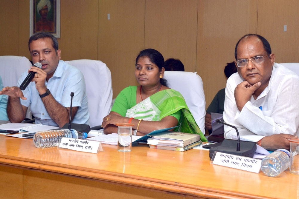 <p>Ranchi Mayor Asha Lakra along with Dy Mayor Sanjiv Vijayvergia, Municipal Commissioner Prashant Kumar during the Board meeting at RMC in Ranchi on Wednesday.</p>