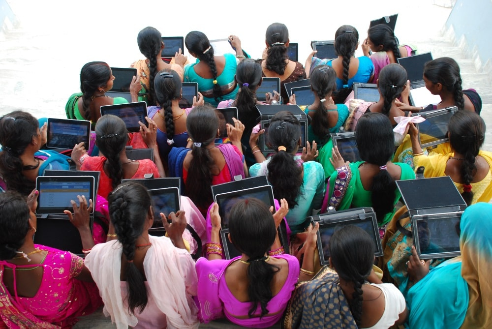 <p>Learning how to use Tablet to maintain records are women of  Self Help Group in rural Ranchi  </p>