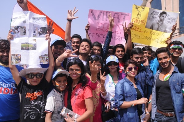 <p>Indian supporters jubilant during 5th day of 3rd test match India vsAustralia at Jharkhand State Cricket Association (JSCA) stadium in Ranchi on Monday.</p>