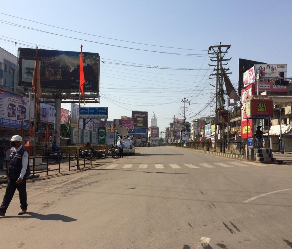<p>Empty Main Road at Ranchi City Centre- Paramveer Albert Ekka Chock due to 'Janata Curfew' enforced by People in response to Prime Minister Narendra Modi's appeal to…