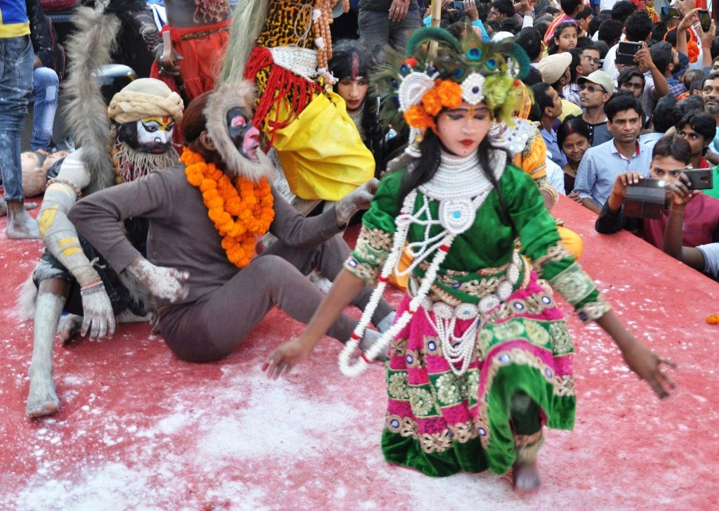 <p>People dressed up as various characters during a procession of  Ram Navami in Ranchi on Sunday. </p>