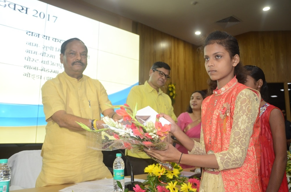 <p>While speaking on the occasion of 'Hindi Diwas', CM greeted the state and said that Hindi language is the only language that can bind the people of India.On the occasion,…