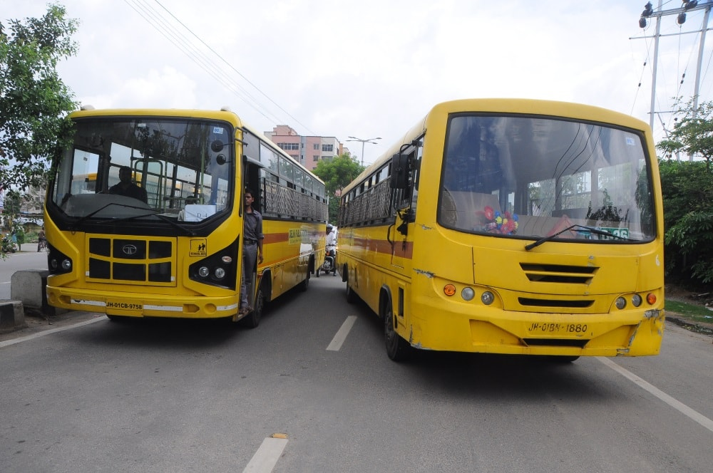 <p>School buses got a jolt today as the traffic police continued to check valid documents in Ranchi.</p>