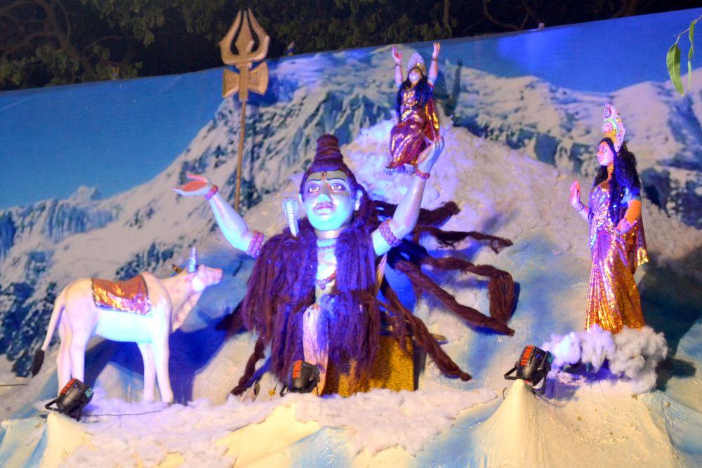 <p>Tale of Triveni Sangam at Sangram Club Puja pandal inRanchi on Wednesday.</p>