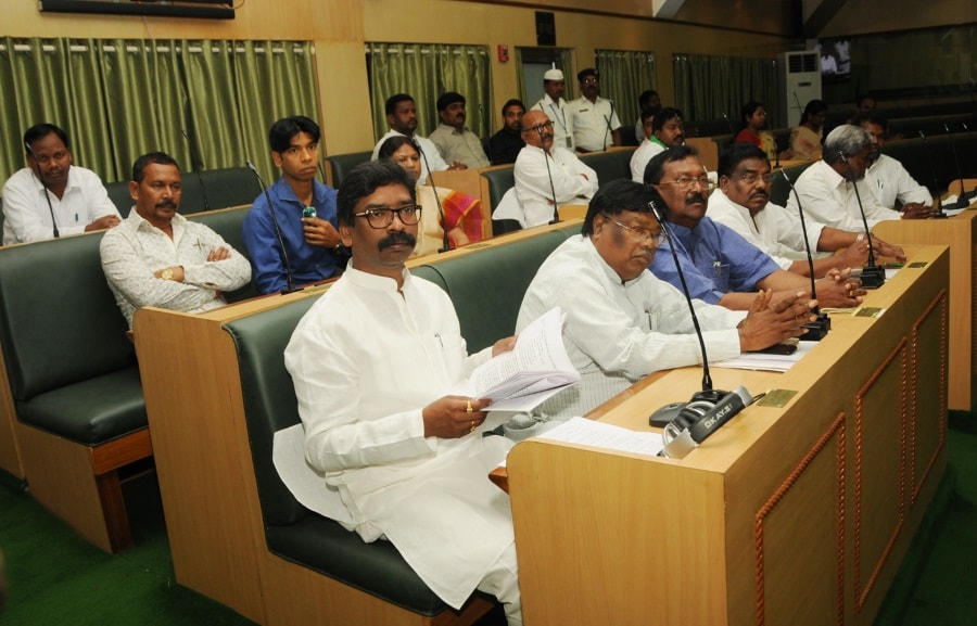 <p>Ex CM and Leader of opposition Hemant Soren, along with other opposition parties leaders  taking part in One- Day- Special Session of the Jharkhand Assembly…