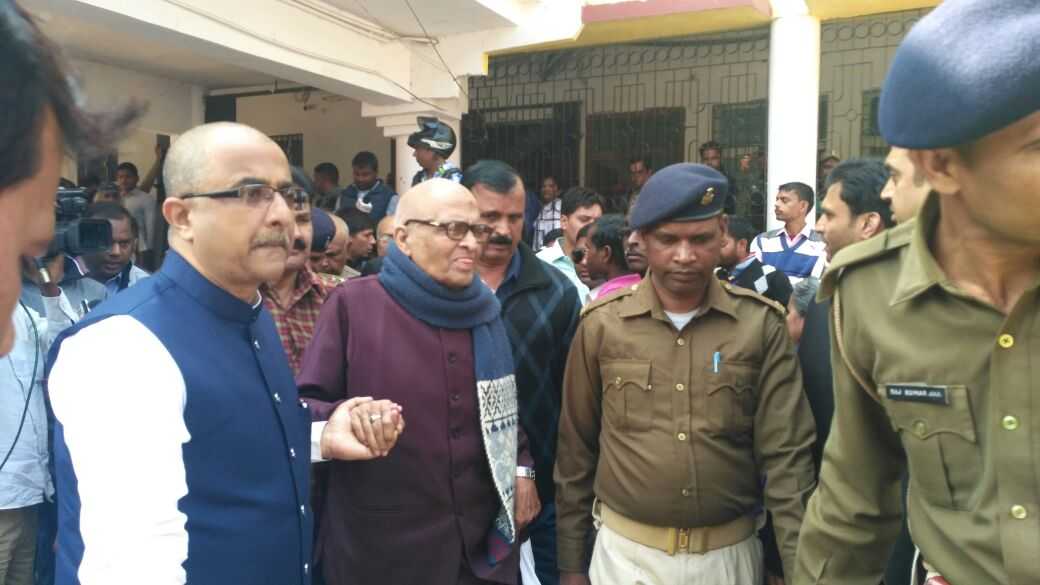 <p>Ex CM of Bihar Jagarnath Mishra coming out of special CBI court in Ranchi on Monday after surrendering in the ciurt related to the fund embezzlement from Chaibasa treasury…