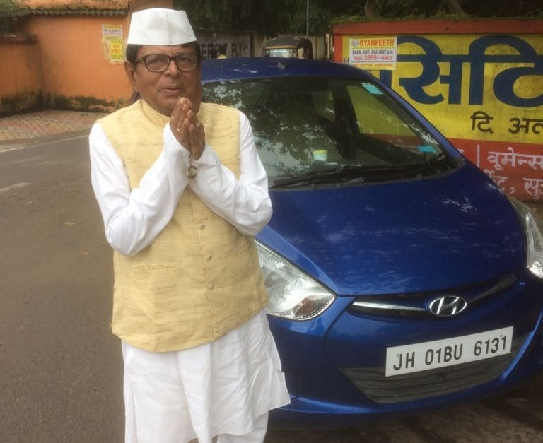 <p>Salute him on the Independence Day, 2018.Reason? Unlike scores of residents who wore a variety of dress today, P.C. Sinha, Ex-Chief Engineer of Bokaro Steel Ltd, wore Khadi dress…