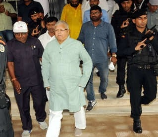<p>Lalu Yadav in Ranchi criticised Bihar CM Nitish Kumar saying JD(U) 'original' leader is Sharad Yadav and not Nitish</p>