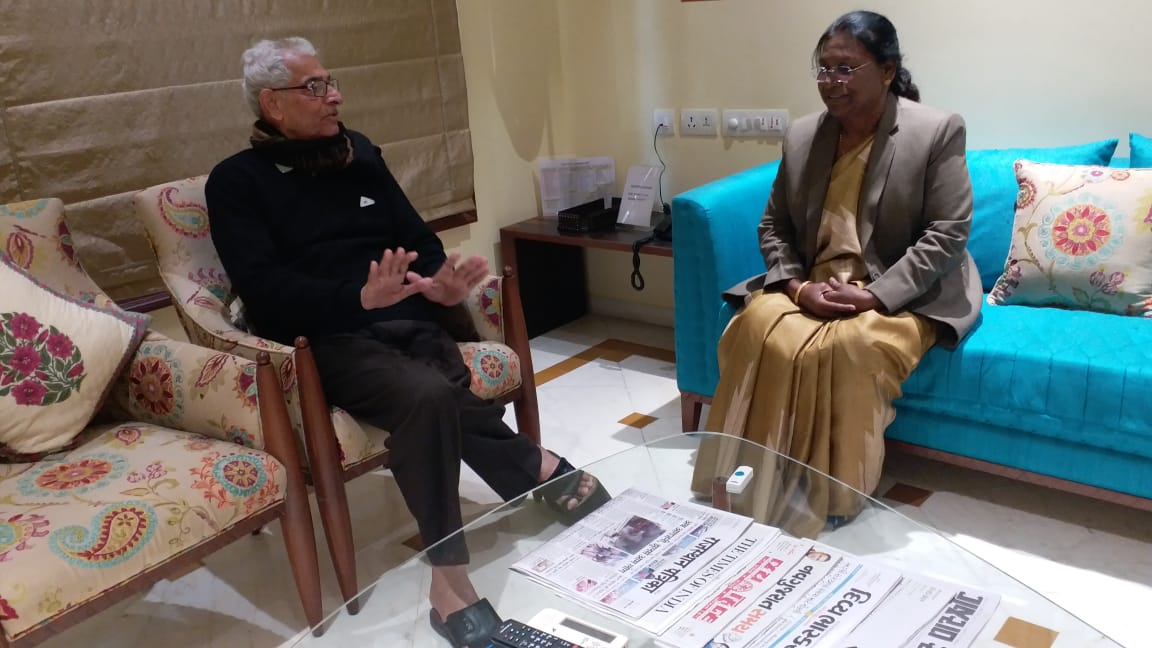 <p>During her visit to Gujrat on 11/02/2019, Hon'ble Governor Draupadi Murmu met the Governor of Gujarat Om Prakash Kohli.</p>