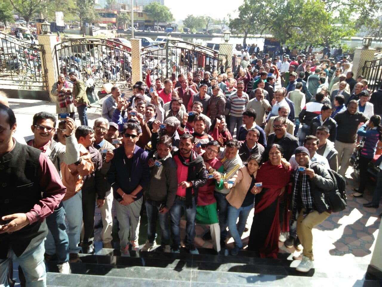 <p>Journalists stood in a long queue outside the Press Club,Ranchi premise to cast vote to elect their office bearers and executive members near Karamtoli pond in Ranchi on Wednesday.</p>…