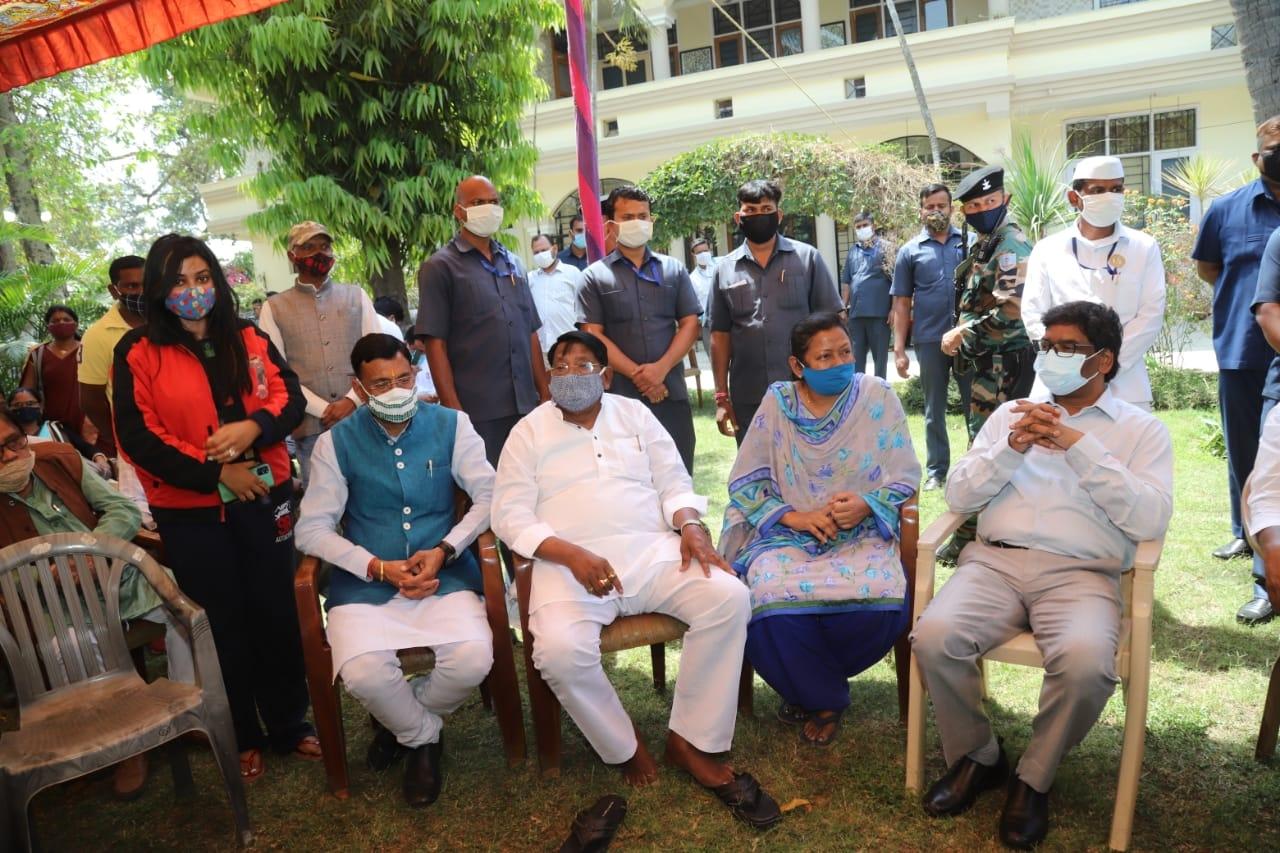 <p>मुख्यमंत्री श्री हेमन्त सोरेन ने बिहार सरकार के पूर्व मंत्री और छोटानागपुर संतालपरगना कांग्रेस के पूर्व अध्यक्ष श्री बंदी उरांव के निधन पर गहरा दुःख व्यक्त किया है। मुख्यमंत्री…