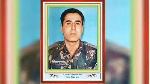 <p>CM pays homage to Param Vir Chakra awardee, martyr Captain Vikram Chandra.</p> <p>Chief Minister Hemant Soren paid homage to Param Vir Chakra awardee, Martyr Captain Vikram…