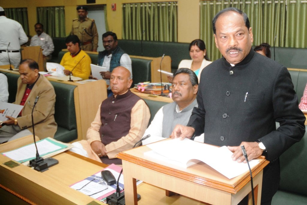 <p>Jharkhand Chief Minister Raghubar Das presenting Annual Budget 2019-20 at Jharkhand Assembly in Ranchi on Tuesday 22, January 2019.</p>