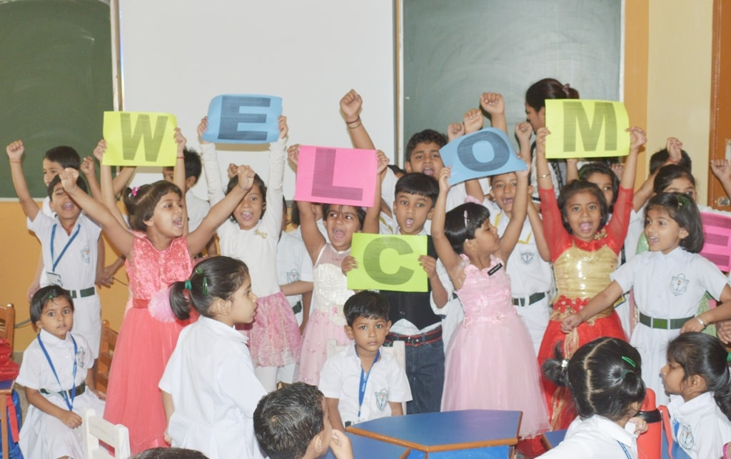 <p>A salutation ceremony was organised for the nursery and prep. students at DPS Ranchi.</p>