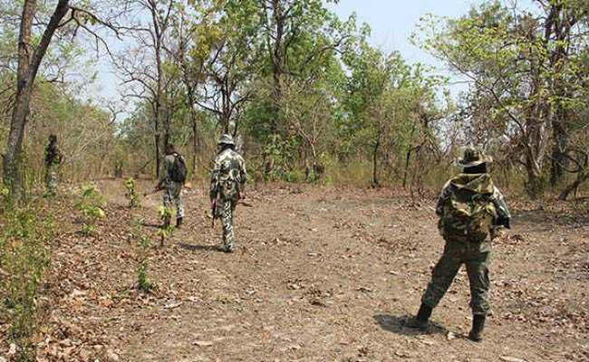 <p>Security forces gained a major success this morning when they neutralized five PLFI Naxals in Khadgi police station area in West Singbhum district of Jharkhand. In the encounter,…