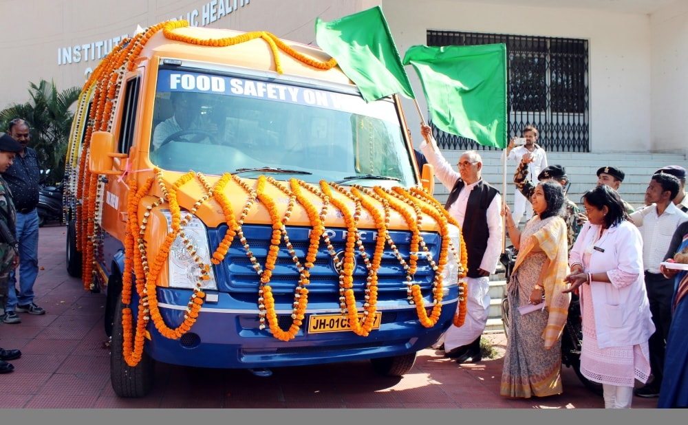 <p>Minister, Department of Health and Family Welfare, Ramchandra Chandravanshi along with departmental secretary Nidhi Khare flag off a Food Safety mobile van at RCH Campus, Namkum…