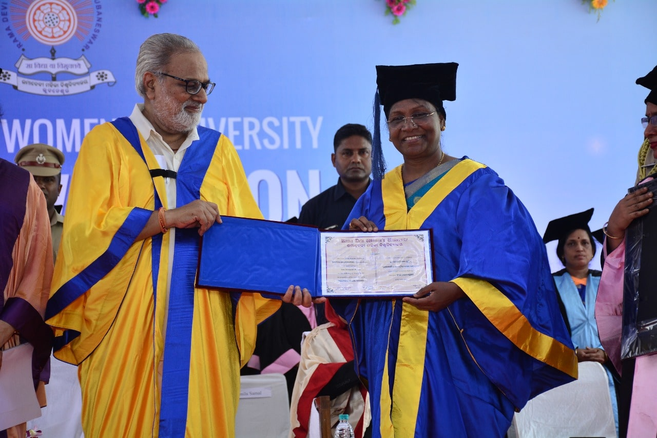 <p>Hon'ble Governor of Jharkhand awarded Honoris causa (D.Lit) in Literature from Rama Devi Women's University by the chancellor of universities of Odisha cum Governor today…