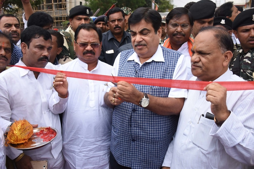 <p>Road Transport and Highways ans Sipping Union Minister Nitin Gadkari (2nd-R) cuts a ribbon alongwith Jharkhand Urban Development Minister CP Singh , State BJP President Laxman Giluwa,…