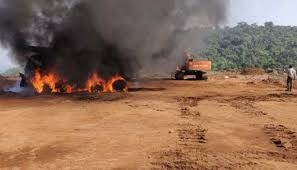 <p>Naxals have burnt three JCB at Bhelwa valley along Jharkhand-Bihar border in Giridih district on Sunday night. The police said these JCB machines were being used in road construction…
