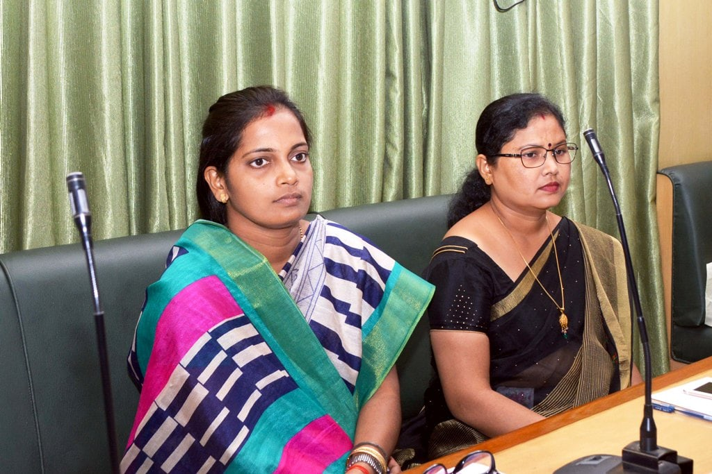 <p>Newly elected JMM MLA's Seem Mahto and Babita Devi attend the monsoon session of Jharkhand Assembly on its first day in Ranchi on Monday.</p>