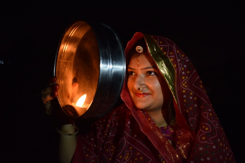 <p>A married hindu women celebrating Karva Chauth in Ranchi on Sunday.Karva Chauth is a one-day festival celebrated by Hindu women mostly in Northern India, in which married women…