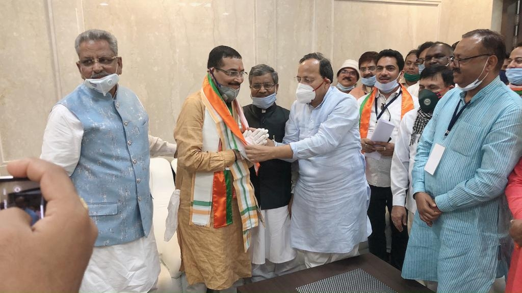 <p>After party candidate and the state unit President Deepak Prakash ( second from left)was declared elected as Member of the Rajya Sabha, partymen including ex-CM Babulal Marandi…