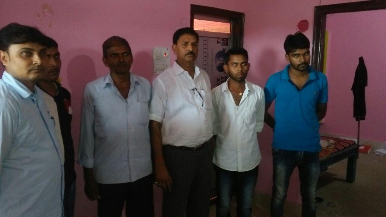 <p>Hazaribagh ACB team's big action! Five land surveyors from Chatra district nabbed while taking bribe.The matter is related to the Damdoiya area of ​​the Sadar block.The arrested…