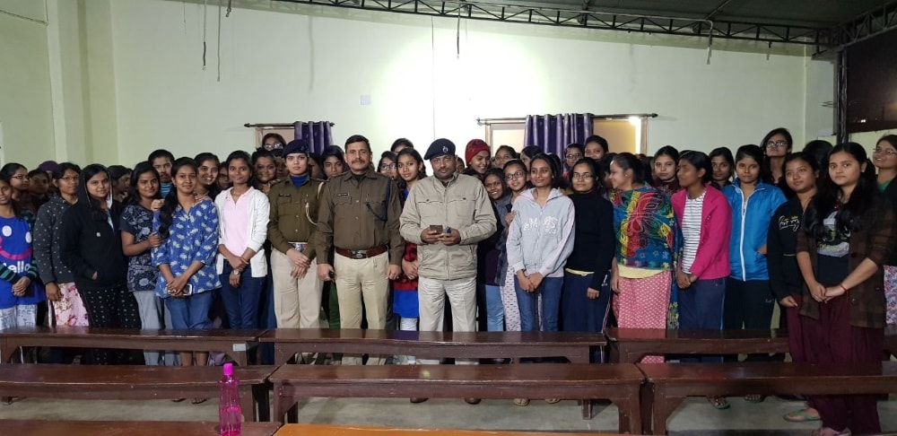 <p>A 'motivational camp' was organised at Shipra Girls Hostel, Ranchi on Thursday by the Ranchi Police. City DSP, Ranchi PS In-Charge and Women's PS In-Charge took part…